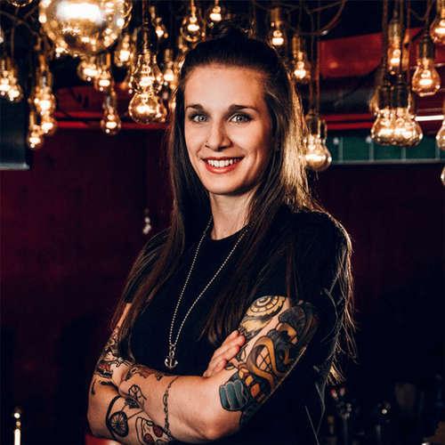 Tinte & Schmerz: Über den Trend zum Tattoo
