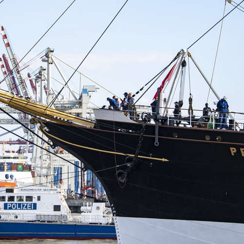 "Hafenreport: ""Peking""-Rundgang und Segeln beim Helga Cup"