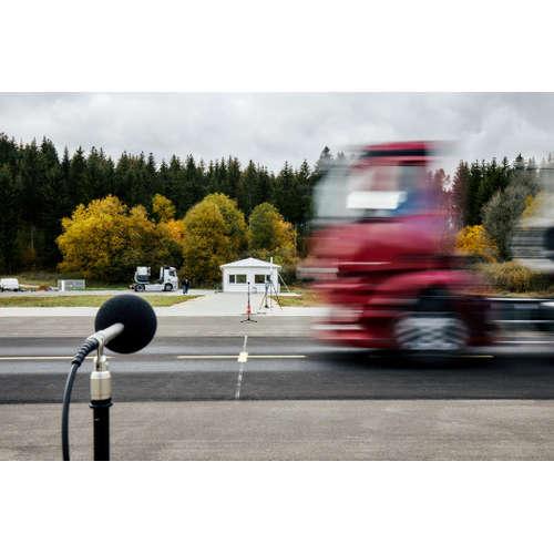 Daimler Trucks und die Suche nach der richtigen Akustik für Verbrenner und Elektrofahrzeuge