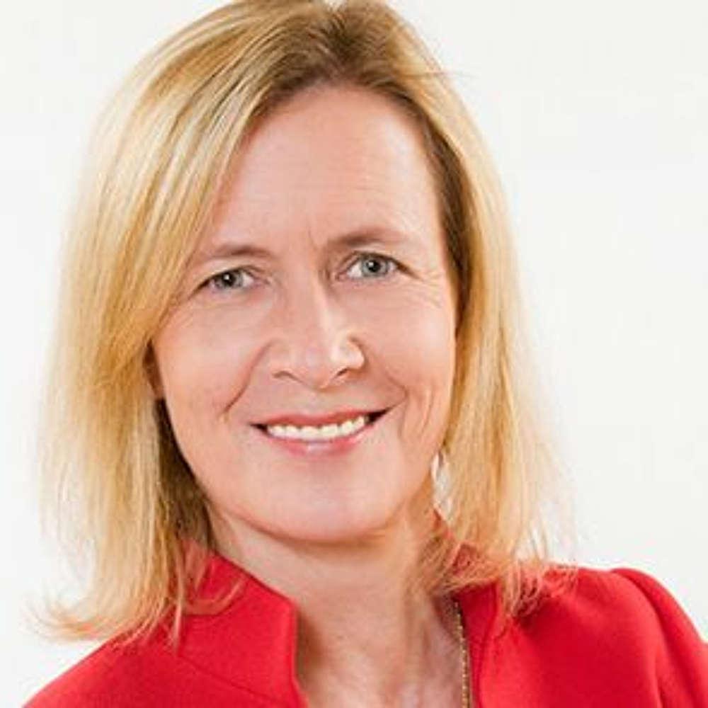 Azubi-Recruiting, Influencer-Marketing, richtige Bewerbersprache - auf eine Limo mit Felicia Ullrich