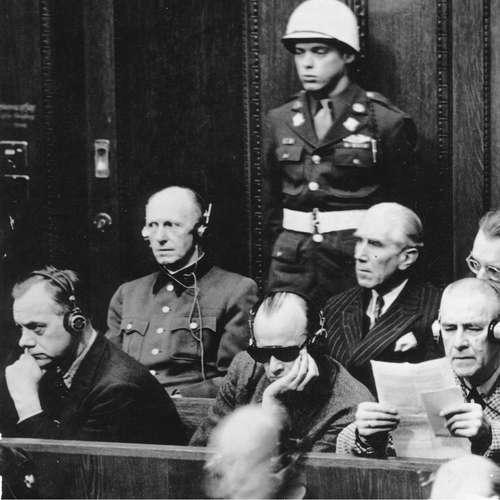 Generaloberst Alfred Jodl wird verhört   Nürnberger Prozesse