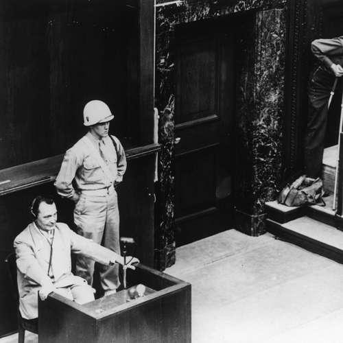 Hermann Göring wird in Nürnberg vereidigt   Nürnberger Prozesse