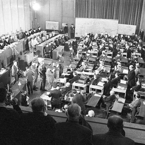 Der erste Frankfurter Auschwitz-Prozess: Vernehmung   17.9.1964