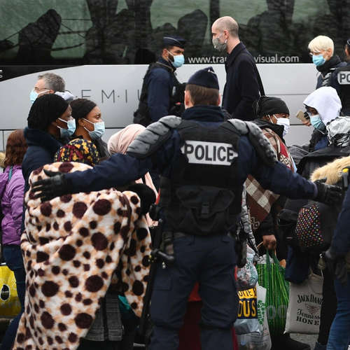 Frankreichs Migrationspolitik - Härte statt Menschlichkeit