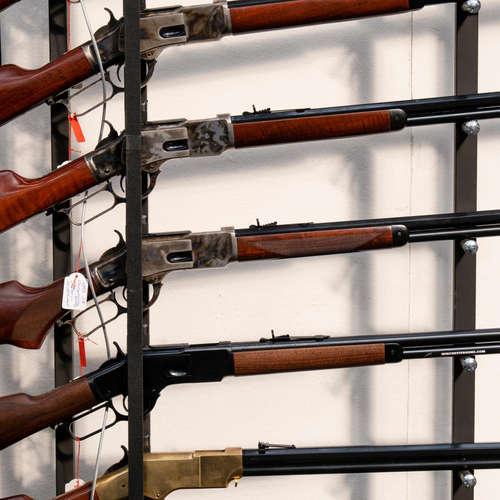 Die Winchester - Ein Gewehr erobert den Westen