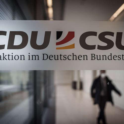 """""""Über den Kampf in der Union freut sich vor allem die Opposition"""""""