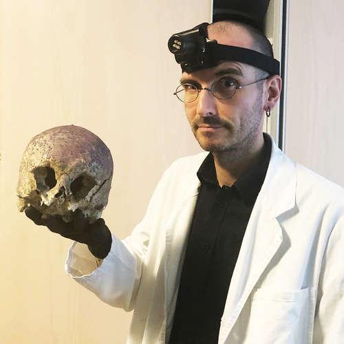 Dr. Mark Benecke - Biologe für Maden und Mörder