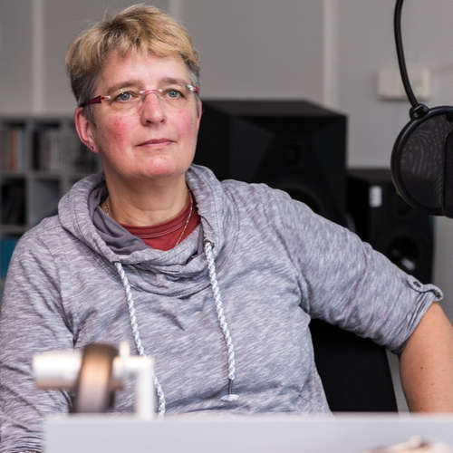 Britta Stender - Pastorin und Feuerwehrfrau