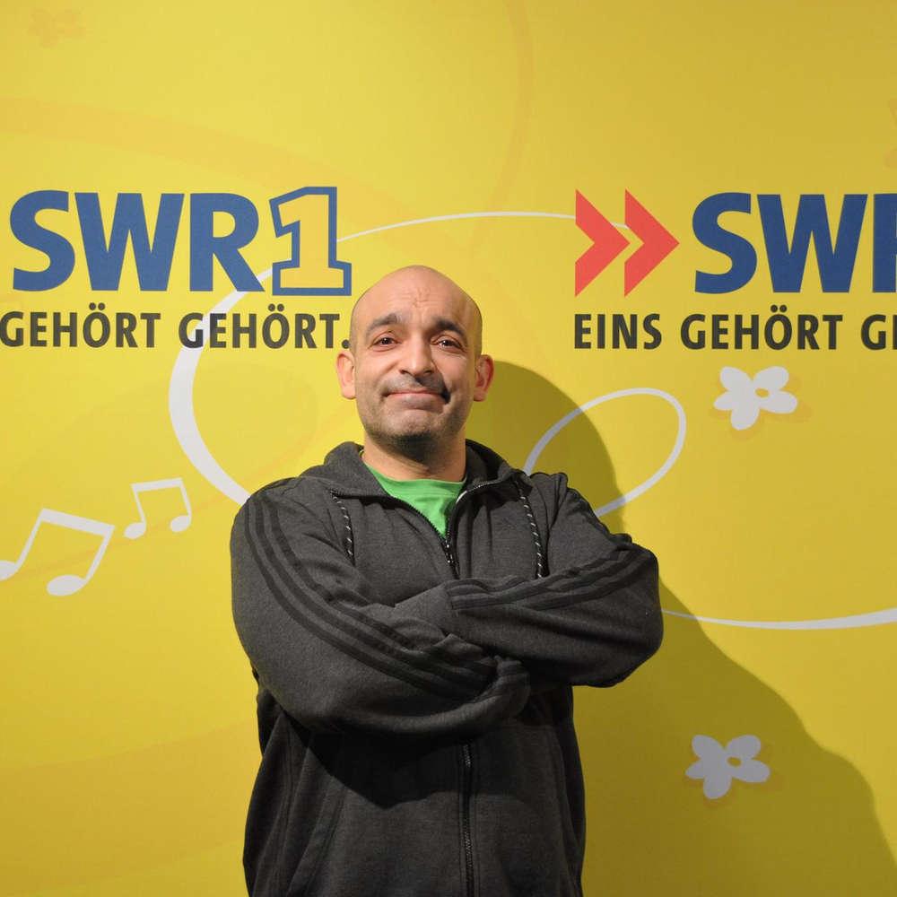 Django Asül, Deutsch-türkischer Kabarettist