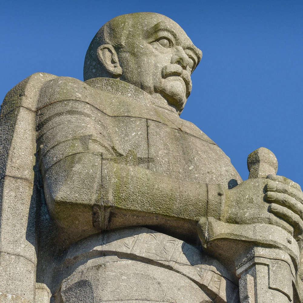 Vom Helden zum Buhmann deutscher Geschichte – Was bleibt von Bismarck?
