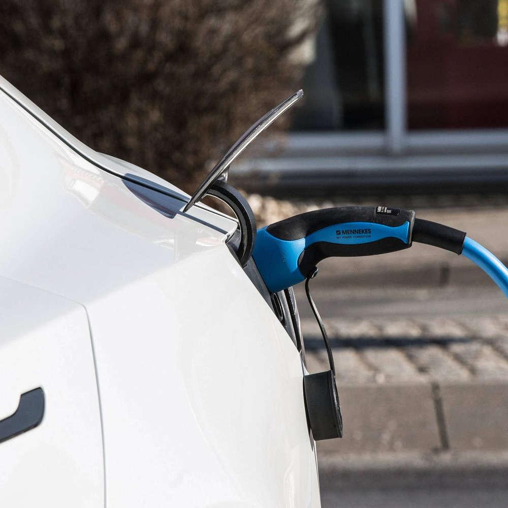 Gift im Akku – Wie umweltfreundlich ist das E-Auto?