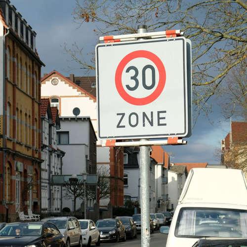 Runter vom Gas! Was bringt Tempo 30 in Städten?