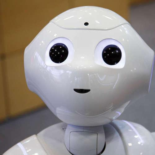Japanischer Roboter erinnert daran, Maske zu tragen