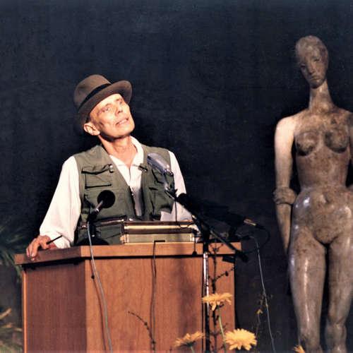 """Joseph Beuys im deutschen Süden - Museum Ulm zeigt das """"Woodstock der Ideen"""""""