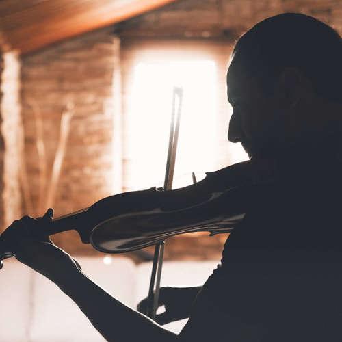 Turin öffnet das Privatarchiv des Komponisten und Geigers Rosario Scalero