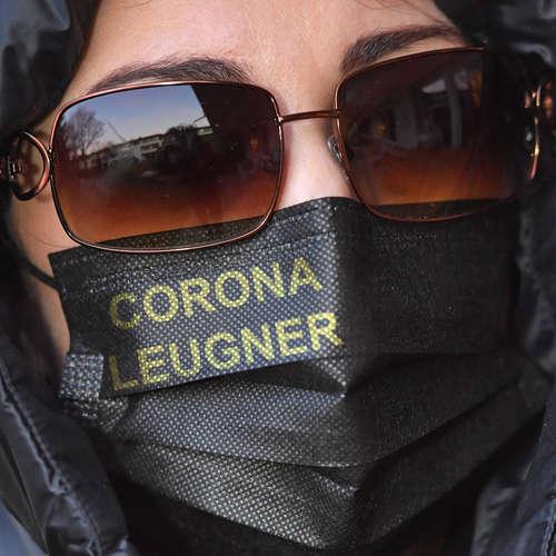 Lügen, Bullshit und Corona | Bernhard Pörksen über Wahrheit, die Leben rettet