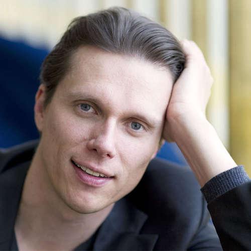 Der finnische Tenor Topi Lehtipuu